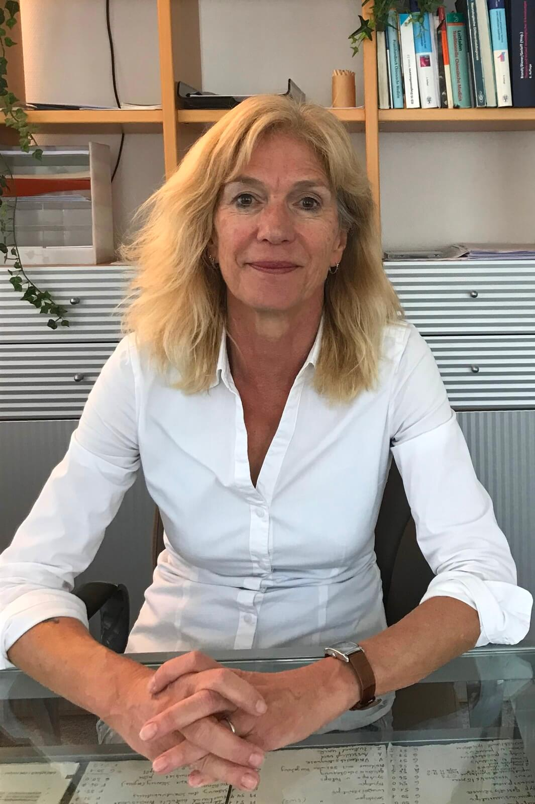 Dr. med. Ina Eiswirth